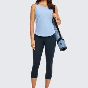 🌼Navy Cropped Activewear Tights